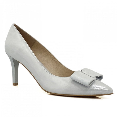 Emis Suedette Bow Court Shoe