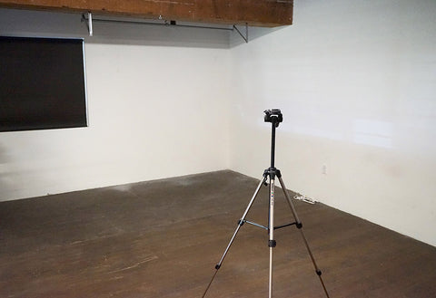 Photography studio space for rent on an hourly or daily basis in the heart of Los Angeles