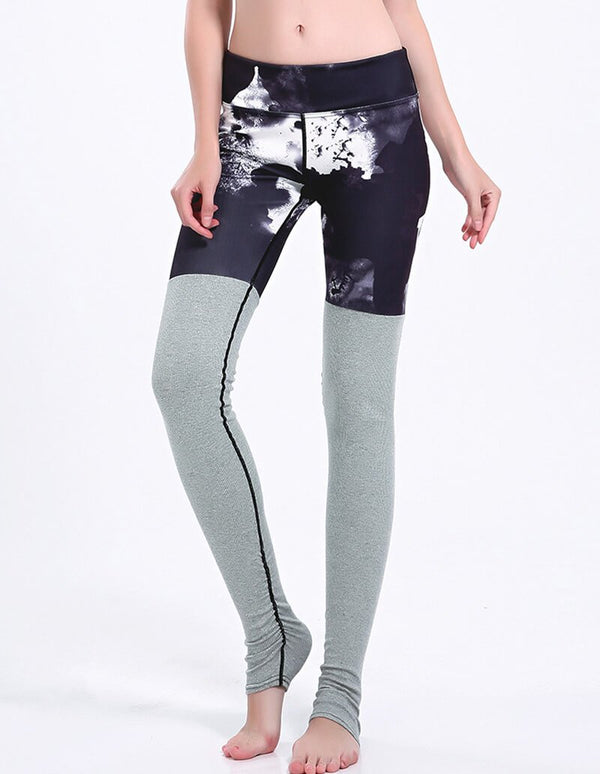 Black And White Photo Print Grey Tights Matched Yoga Stirrup Leggings