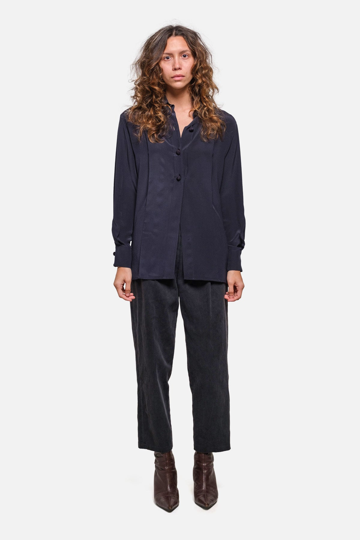 DRE BLOUSE IN NAVY SILK - Fortune Goods