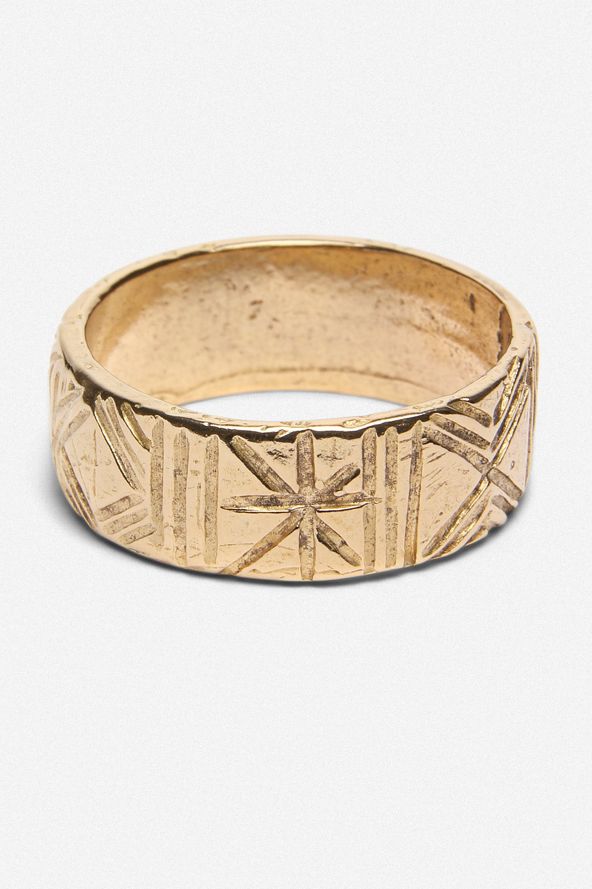 CARVED BAND RING IN GOLD BRONZE - Fortune Goods