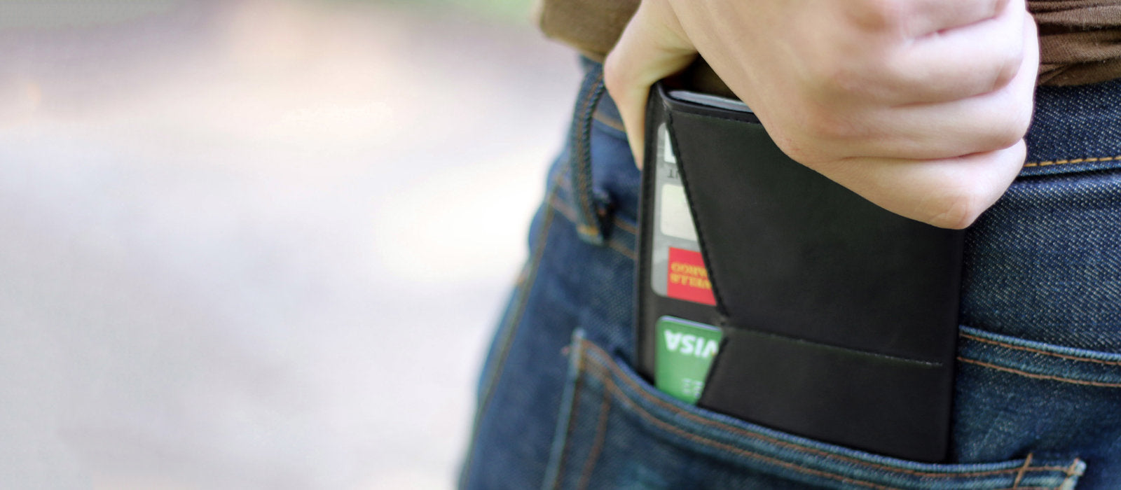 mens travel black wallets