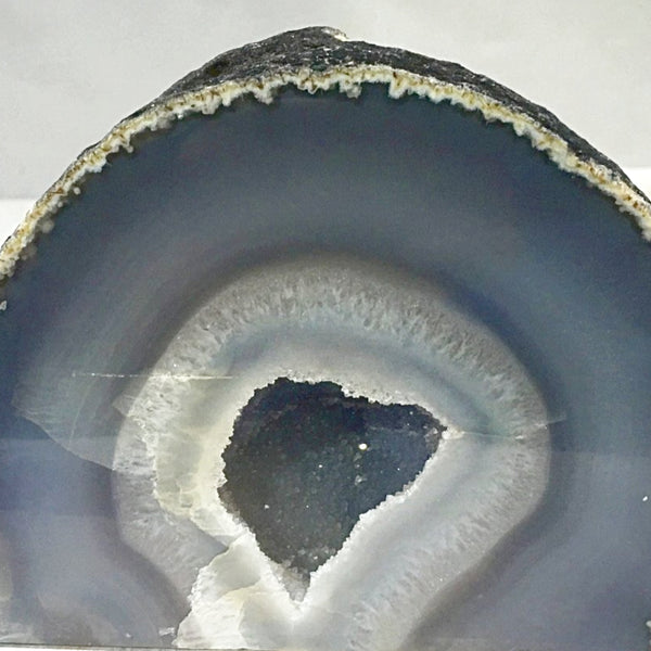 Agate Geode for Feng Shui Decor - New Earth Gifts