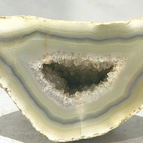 Agate Geode Saying Hello | New Earth Gifts