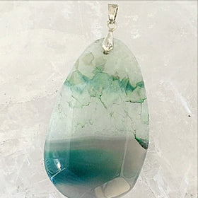 Agate Oval Pendant Displaying Crystal Variations - New Earth Gifts