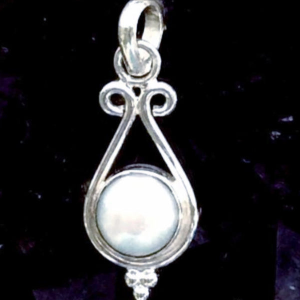 Mother of Pearl Sterling Pendant | New Earth Gifts