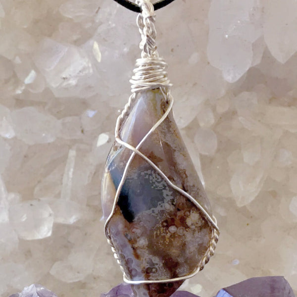 Owyhee Jasper Idaho Stone Pendant -New Earth Gifts
