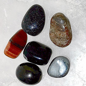 Grounding and Protection Gemstone - New Earth Gifts
