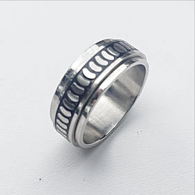 Stainless Steel Spinner Ring-Repeating Pattern - New Earth Gifts