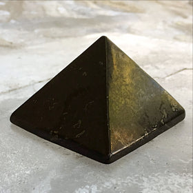 Shungite 45mm pyramid - new earth gifts