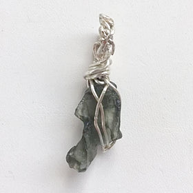 Moldavite pendant - New Earth Gifts