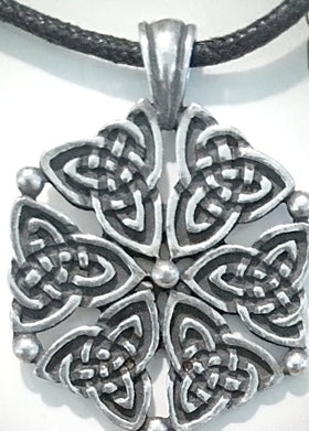 Celtic Virtue Pendant | New Earth Gifts