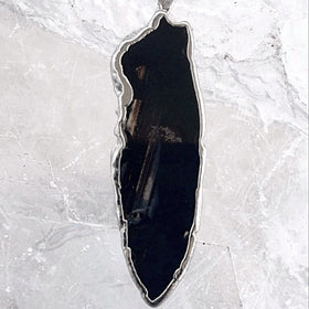 Agate Slice Pendant Black Free Form -New Earth Gifts