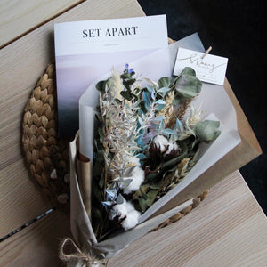 Everlasting Bouquet & Visual Book Gift Set