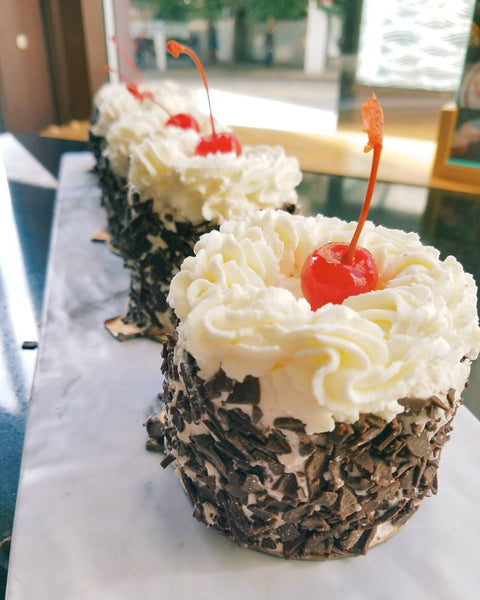 Black Forest cake (6 pieces)