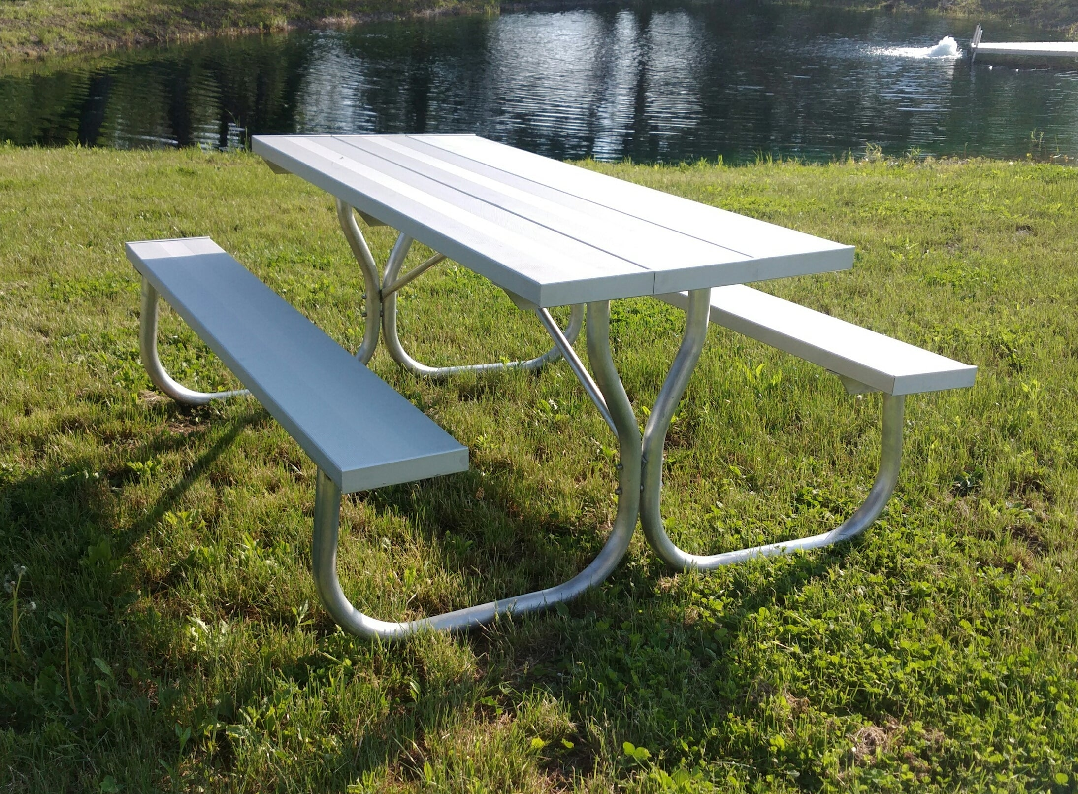All Aluminum Picnic Table With Stainless Steel Hardware Rosendale - Stainless steel picnic table