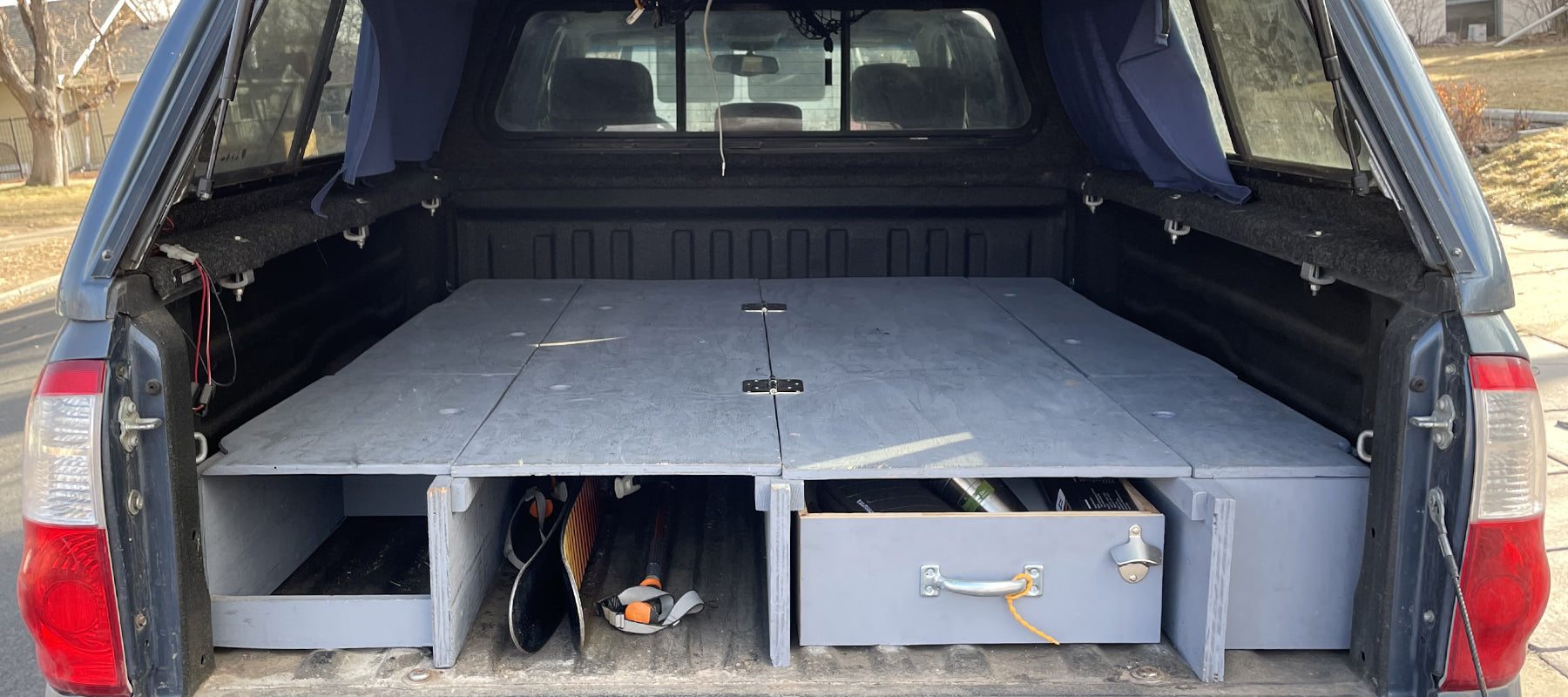 Rigs We Dig: 2005 Toyota Tundra Platform Bed Build Out