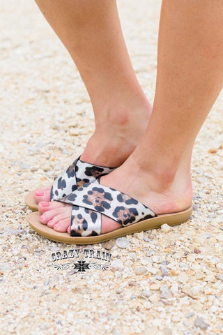 Wild Way Leopard Slides - Nico Bella Boutique