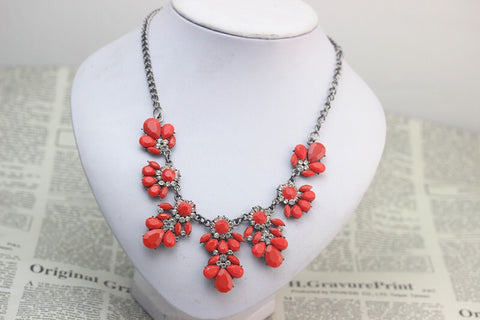 Red Gem Statement Necklace - Nico Bella Boutique