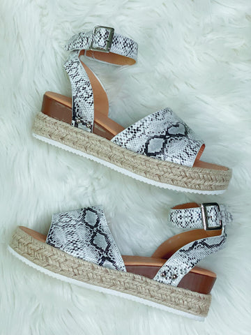 Snake Skin Platform Sandals - Nico Bella Boutique