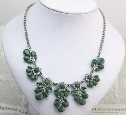 Green Gem Statement Necklace - Nico Bella Boutique