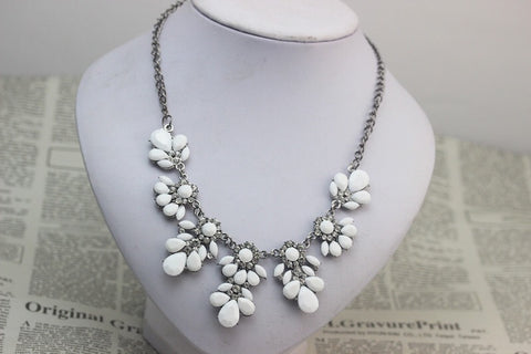White Gem Statement Necklace - Nico Bella Boutique