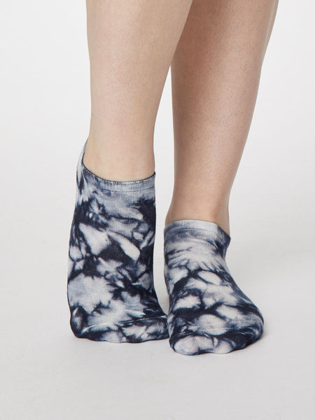 Tie Dye Bamboo Trainer Sock in Dark Navy by Thought, Size 4-7-bamboofeet