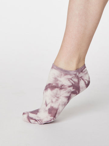 Tie Dye Bamboo Trainer Sock in Tulip Purple by Thought, Size 4-7-bamboofeet