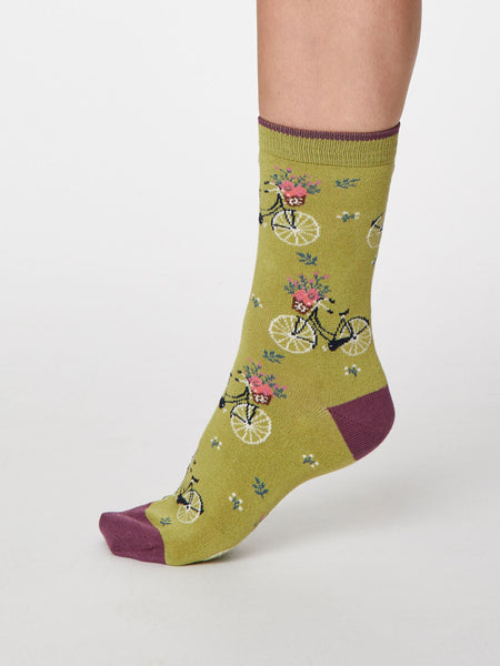 Bicicletta Bamboo Socks in Pea Green by Thought - Size 4-7-bamboofeet