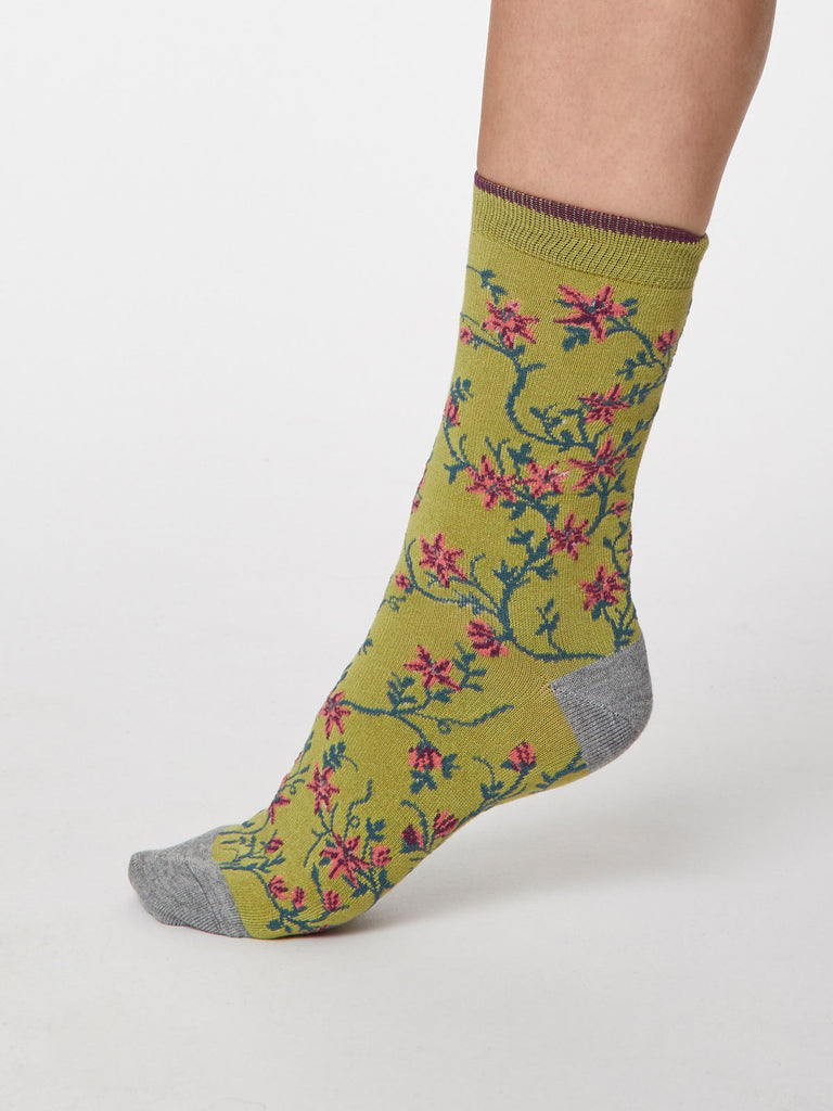 Floreale Bamboo Floral Socks in Pea Green by Thought - Size 4-7-bamboofeet