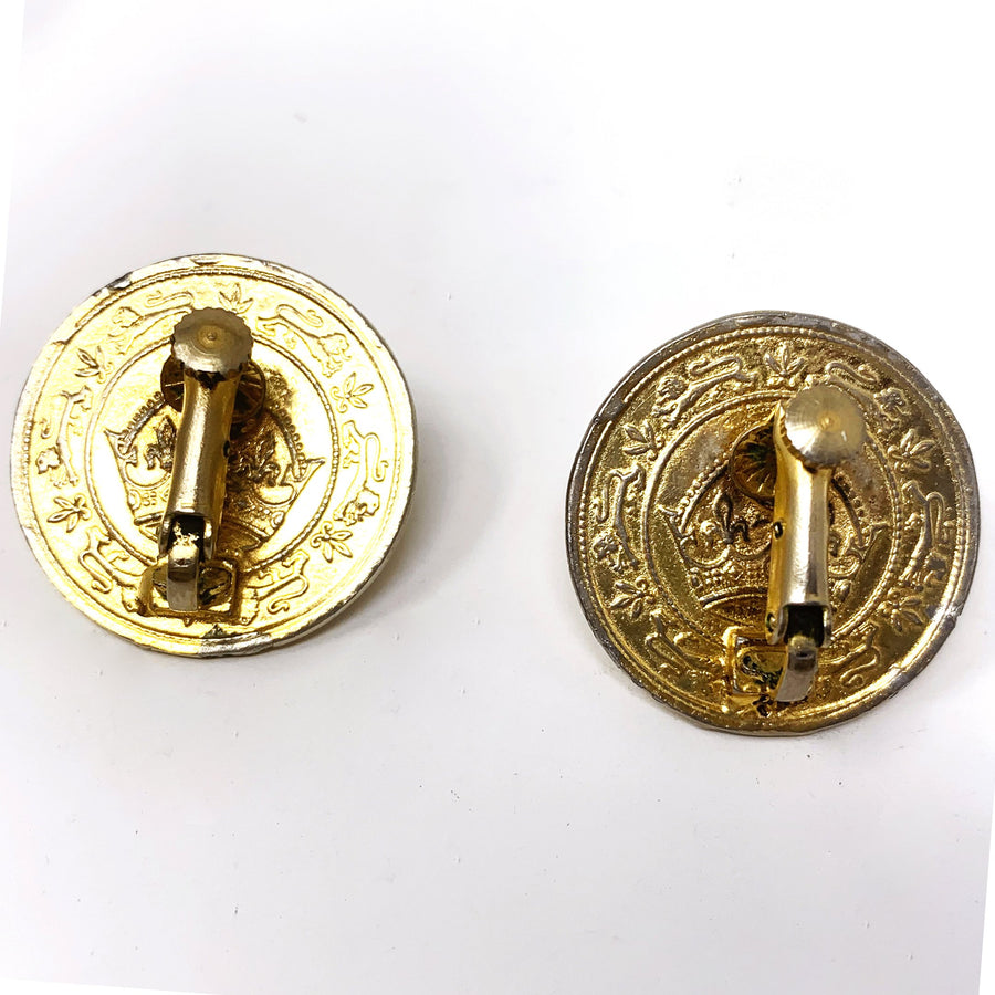 QUEEN COIN EARRING