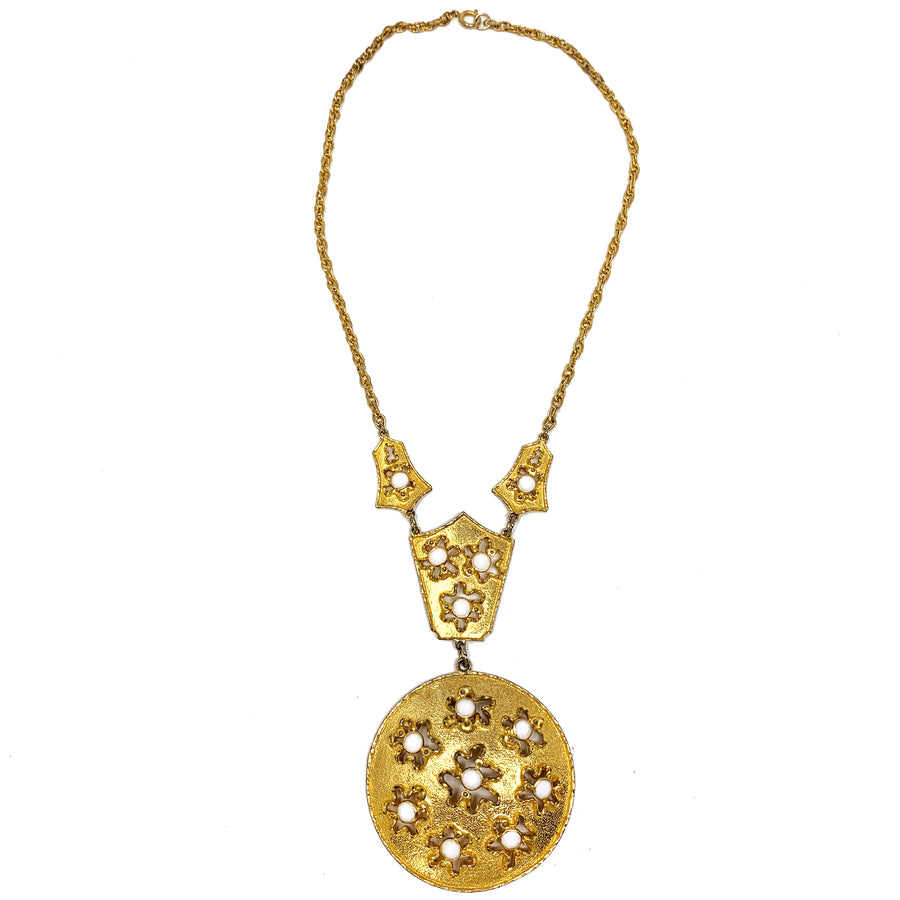 FLOWER CHILD WHITE GOLDETTE PENDANT