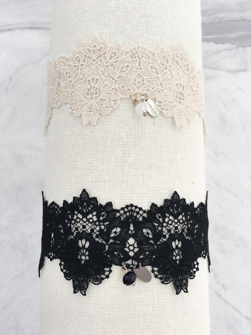 Wide Lace Choker