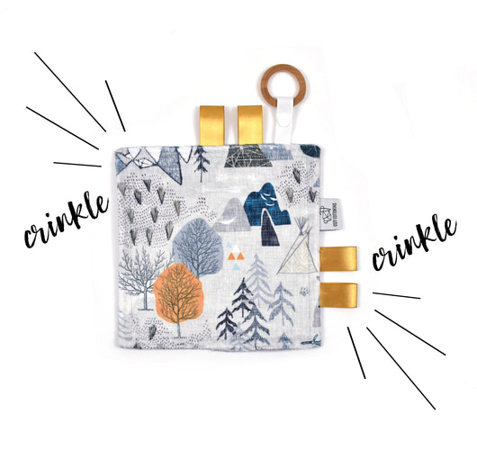 Crinkle Taggy | Max's Gray Map - Cozy Cottontail