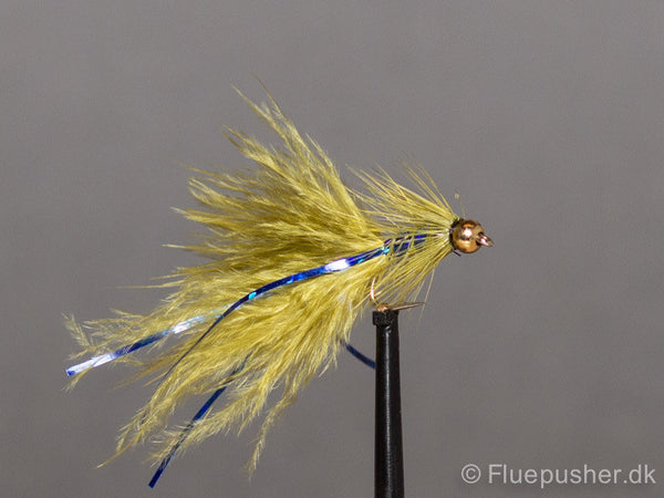 Olive blue flash damsel