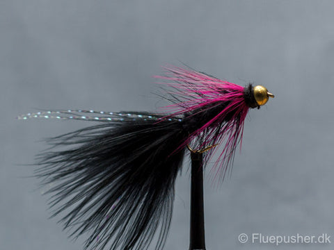Black pink woolly bugger