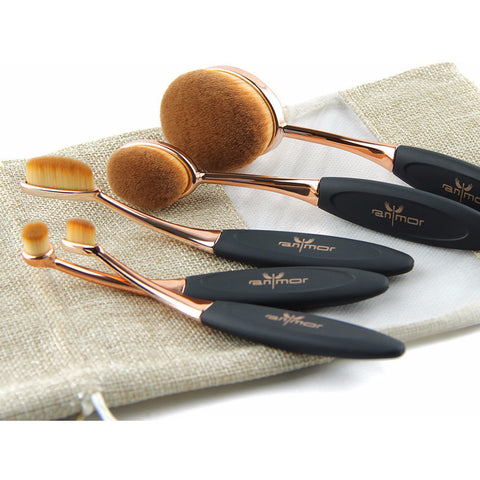 Oval Shaped Multipurpose Makeup Brush - VainCity
