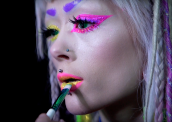 Disco Dust X Cyberdog //UV GLITTER PARTY //Eyes and lips tutorial