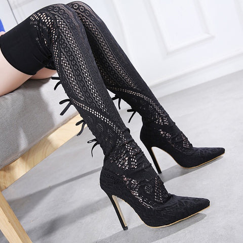 Elegant Lace Pointed High Heels Boots