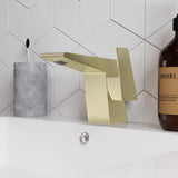 Carré 5.5 Single Handle, Bathroom Faucet in Brushed Gold
