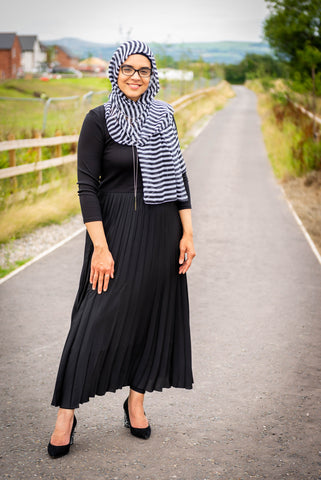 Black and White Stripe Hijab