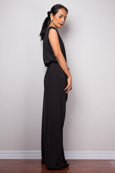 Black Jumpsuit | Black Jumper | Elegant jumpsuit with v neck and pockets