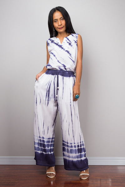 Blue and white top and matching tie dye pants, white tunic, loose fit pants, summer outfit, beach wear, festival outfit