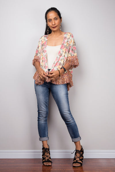 Boho shrug | Cropped short sleeve floral cardigan with fringe