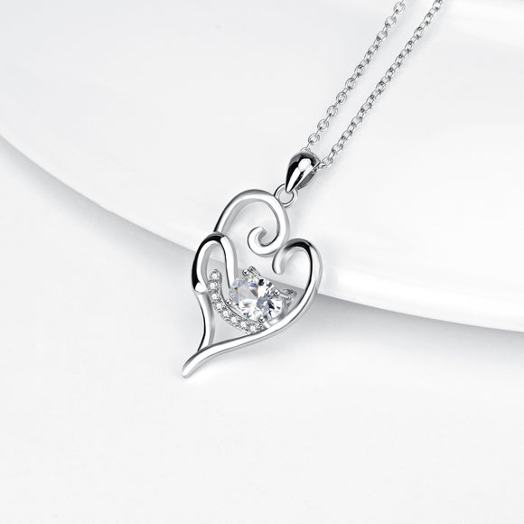 Seven Season Cutie Cat Relaxed Cat Heart Pendant Necklace