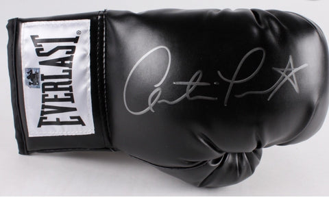 Austin Trout signed Everlast boxing glove