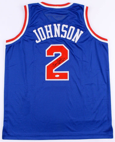 Larry Johnson Signed Knicks Jersey