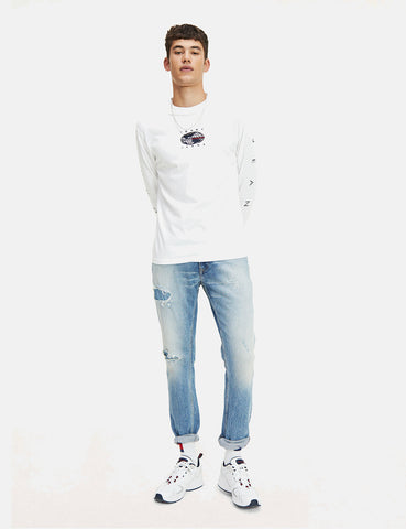 Tommy Jeans Novel Logo Long Sleeve T-Shirt - White