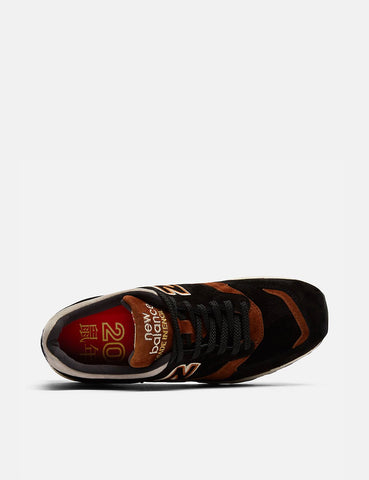 New Balance M1500Y0R Trainers (Made in England)  - Black/Brown/Beige