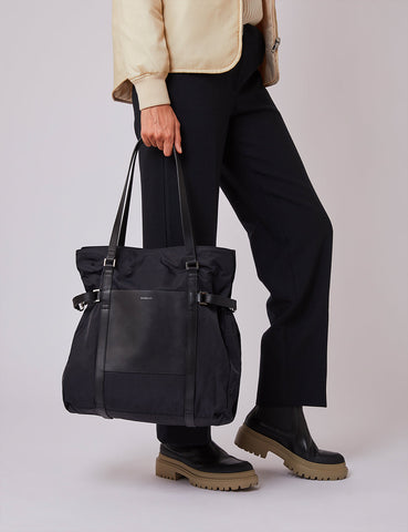 Sandqvist Thea Tote Bag - Black